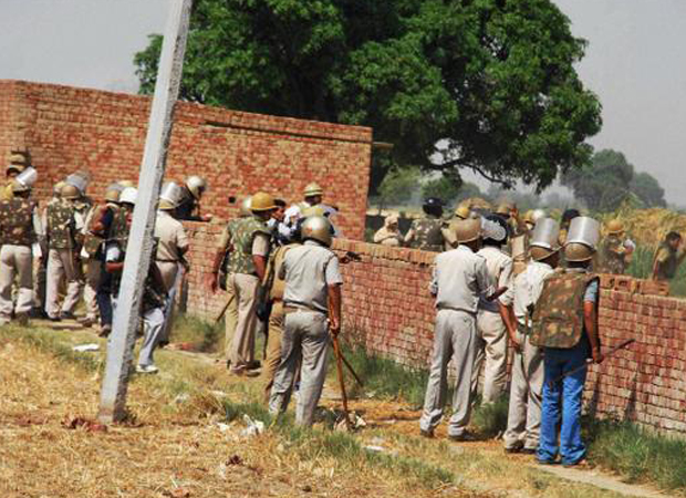 Five including three cops killed in gunfight in Allahabad