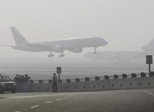 Inclement weather conditions affects air transport in Delhi