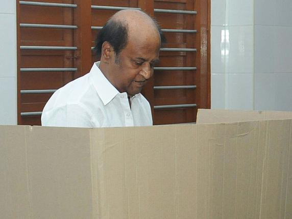 Superstar Rajnikanth casts his vote, urges people to do alike