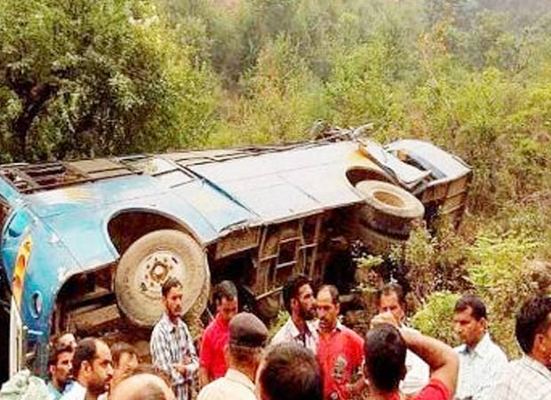 At least 14 killed and 31 injured as bus falls into gorge in HP