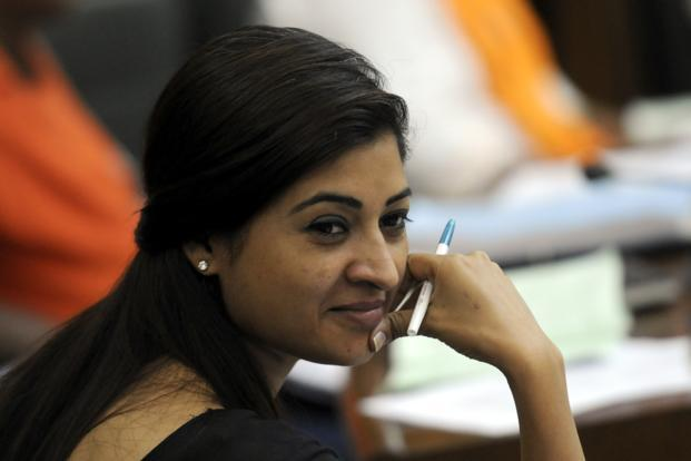 AAP suspends Alka Lamba over her controversial remarks