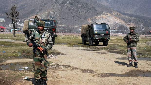 Indian Army deny any friction with CRPF over Pampore attack