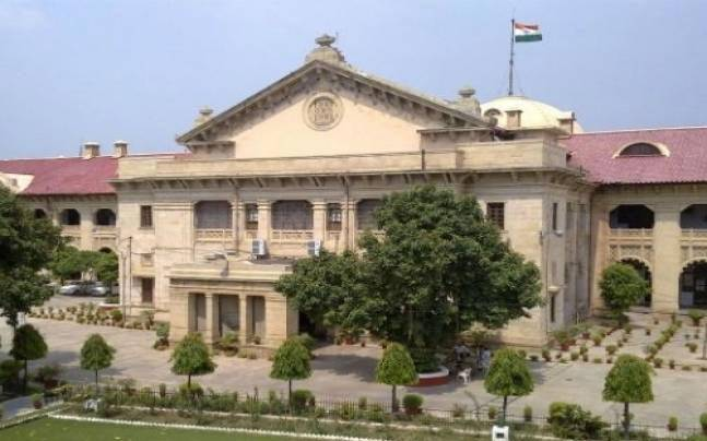 AAP moves Allahabad HC to show black flag to PM Narendra Modi
