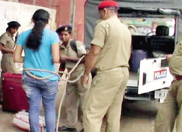 Jharkhand police ties girl with rope, violates SC ruling