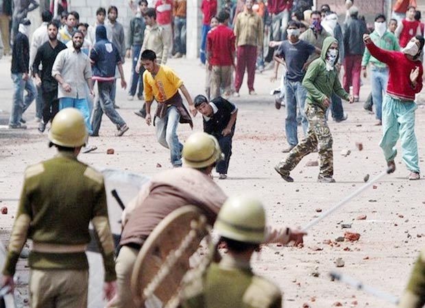 Kashmir unrest: Curfew continues as death toll rises to 49
