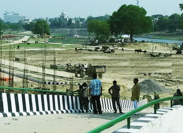 Gomti River Front Development: where is transparency ?