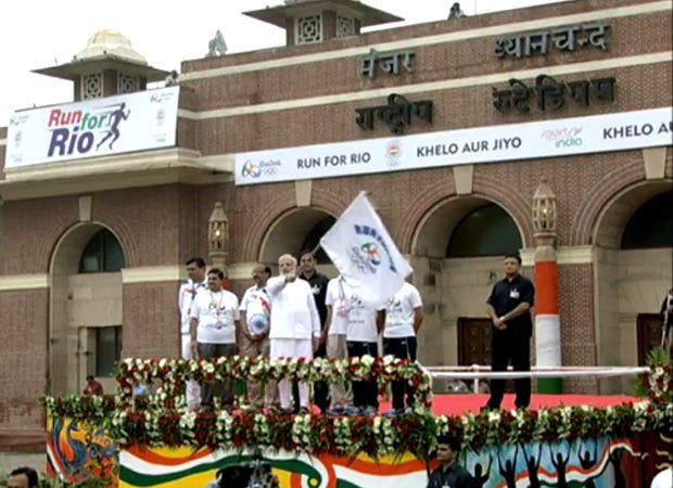 PM Narendra Modi flags off Run for Rio from Dhyanchand stadium
