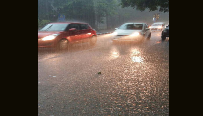 Heavy downpour in NCR, police urges residents to keep calm
