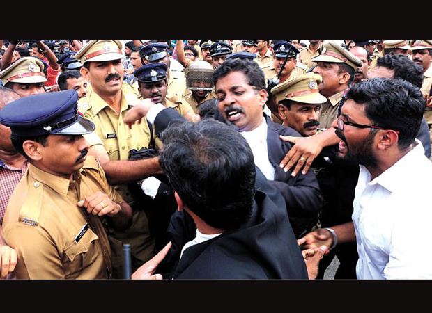 Kerela lawyers move to court in support of Sub-inspector