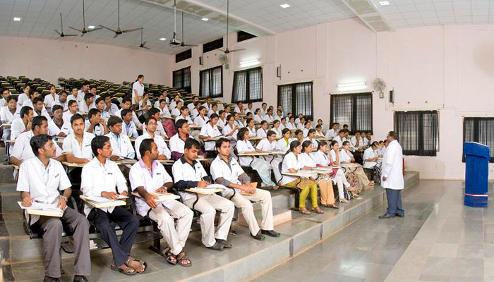 Private medical colleges in TN doublefeespost NEET results