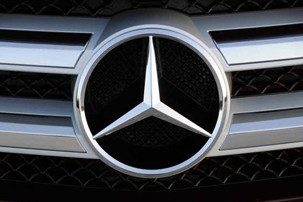 Mercedes ready to pay 1% green cess; asks SC to lift diesel ban