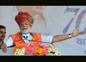 Modi urges citizen of Kashmir for peace and harmony in the valley