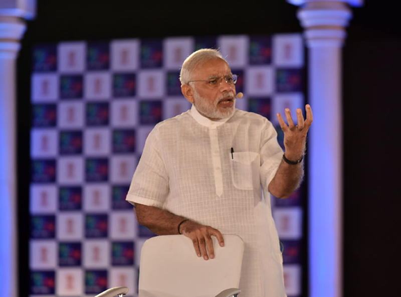 Anti-socialists running shops in name of cow protection: PM Modi