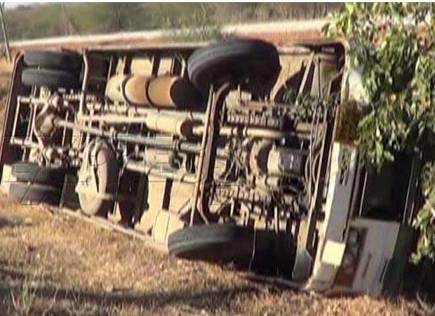 Three people killed after a bus overturned returning from PM Modis rally