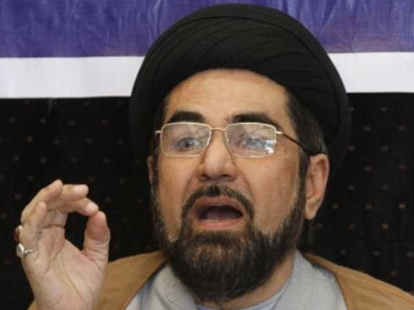 Shia cleric Kalbe Jawad hoists Indian tricolour in Iran on I-Day