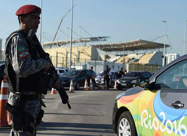 Rio 2016: Unidentified man opens fire on bus of scribes, one injured