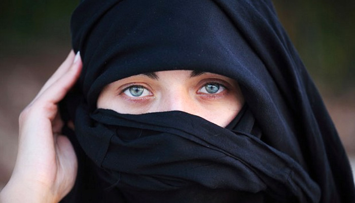 School has right to forbid student from wearing niqab: German court
