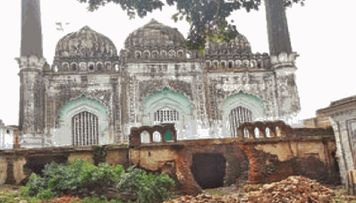 Trust allows reconstruction of mosque on Ayodhya temple land