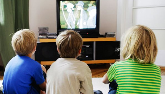 Study: 15 minutes of television can kill a child's creativity