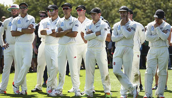 NZgiven target of 376 runs, starts confidently in 2nd innings