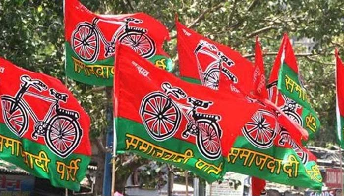 Youth Wing's e-mail surfaces another controversy in Samajwadi Party