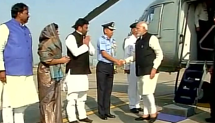 This government is not bikau, roars Narendra Modi in Agra