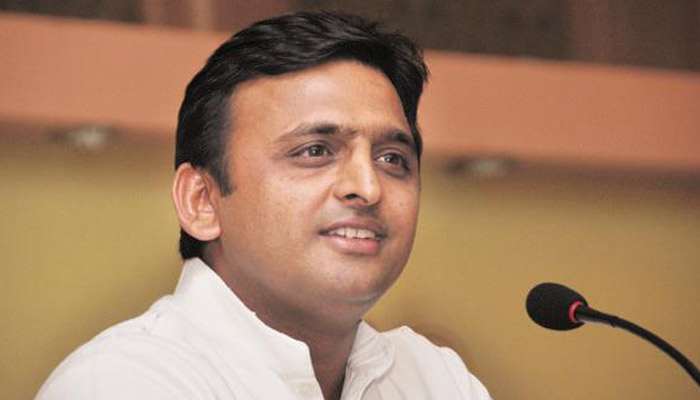 SP will get majority if goes alone,300 seats in alliance, says Akhilesh