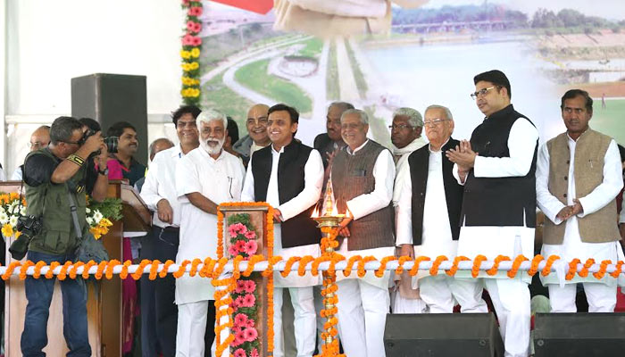 Akhilesh inaugurates Gomti River Front, says SP believes in action
