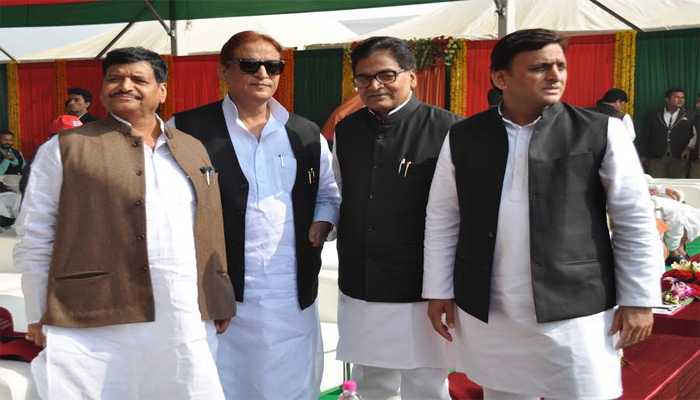 Y category to five Akhilesh and Ramgopal loyalists in UP but why ?