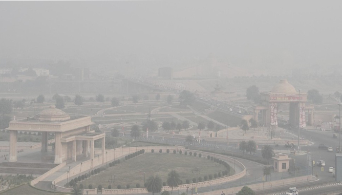 Smog Fear: UP CM Akhilesh intervenes to issue directions