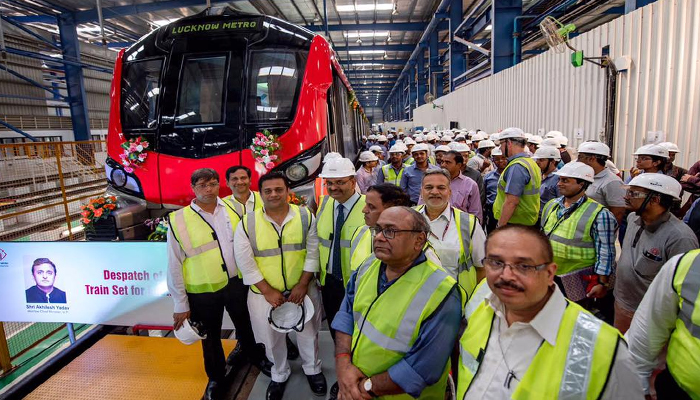 PHOTOS: Here is the first look of Lucknow Metro train !!!