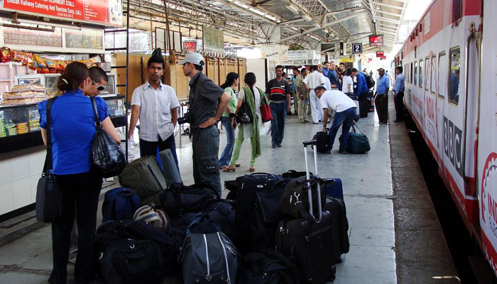 IRCTC: Now dial 139 to book porters, taxies at railway stations
