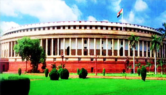 Parliament House canteen faces staff issues in going cashless