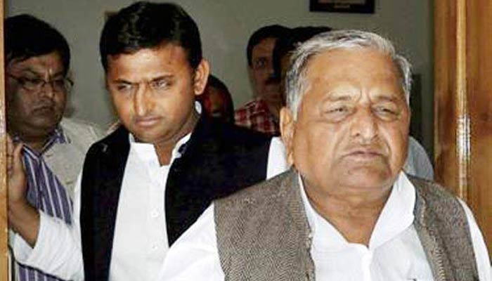 Election commission to discuss the symbol issue with two SP factions