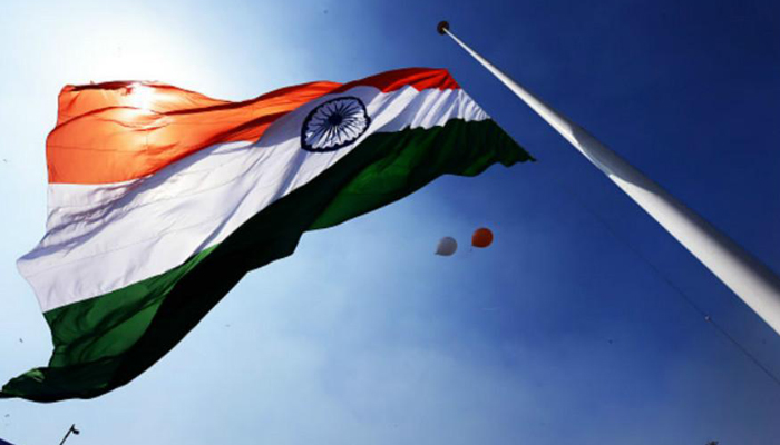 No one is bound to stand if national anthem is part of the film: SC