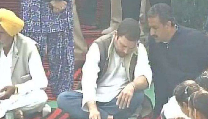 Rahul Gandhi shares meal with Punjab villagers on last day campaign