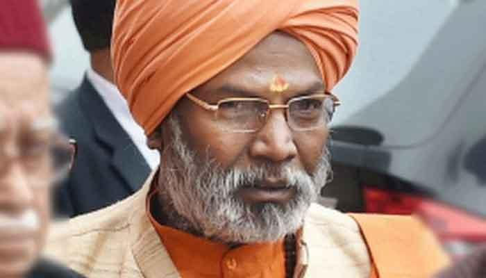 Theatre of Absurd: Sakshi Maharaj stretches the scene to another extent