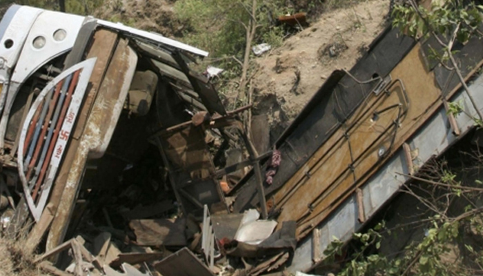 One died, more than 12 injured after a bus turned turtle in Meerut