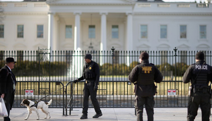 White House: Suspicious package cleared, one arrested