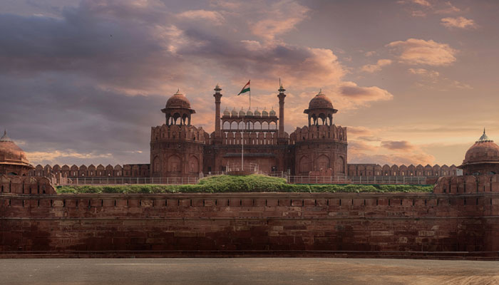 New Delhi: Grenade found in the well of Red Fort, NSG at spot