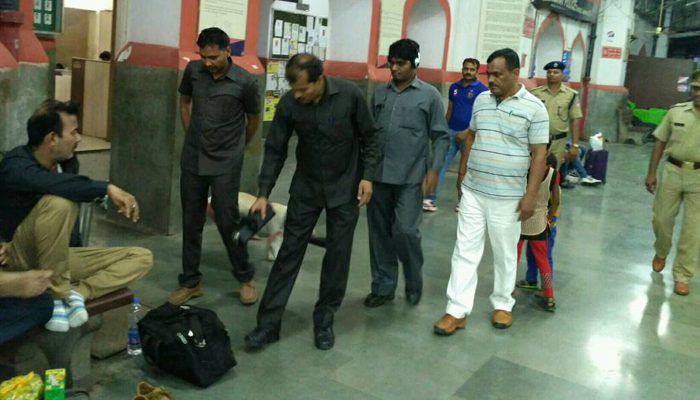Hoax call to blow up Charbagh Station in Lucknow