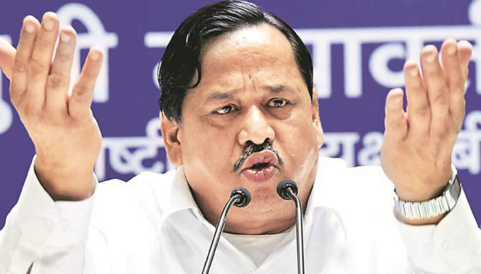 Senior BSP leader Naseemuddin Siddiqui, son removed from party