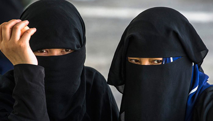 Talaq given to a woman in town for not serving tea on time