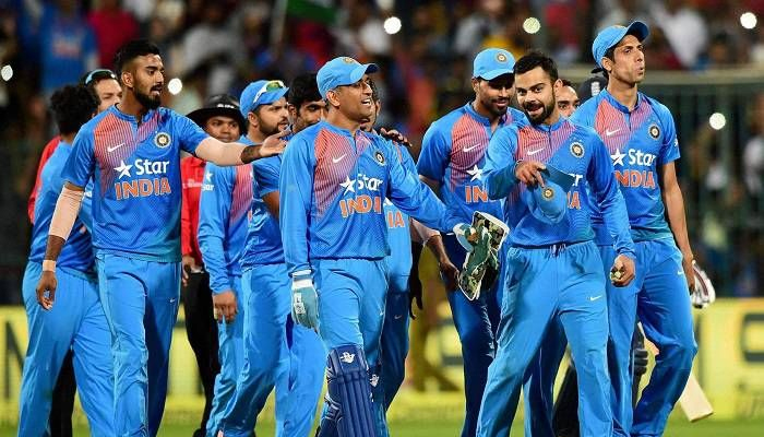 Indian cricket team to watch Sachin: A Billion Dreams together