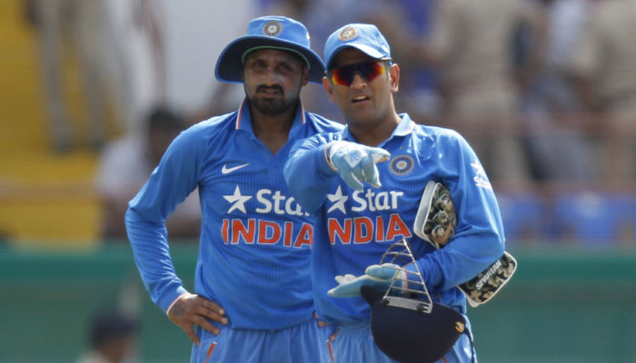 Harbhajan Singh hits out at selectors, takes on MS Dhoni