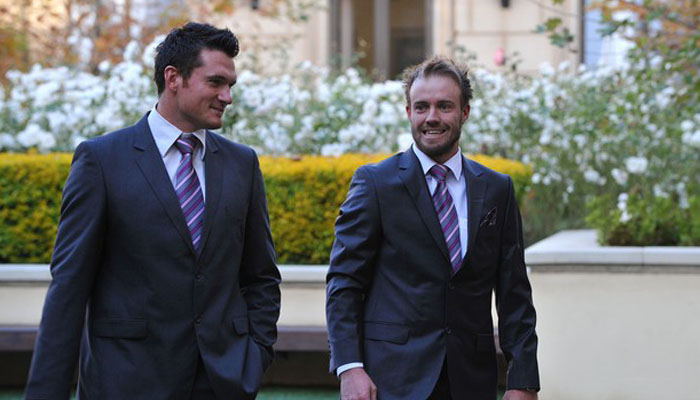 Graeme Smith suggests AB de Villiers to give up ODI captaincy