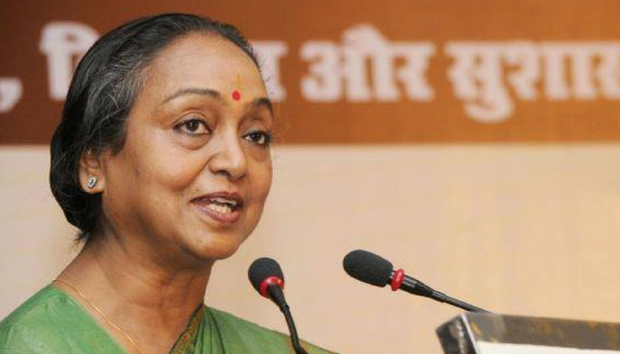 Why should caste be an issue in presidential poll: Meira Kumar