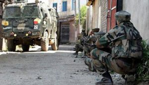 Two soldiers martyred as terrorists attack army convoy in Kashmir