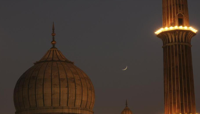 Eid-ul-Fitr to be observed on Monday, moon sighted in Lucknow