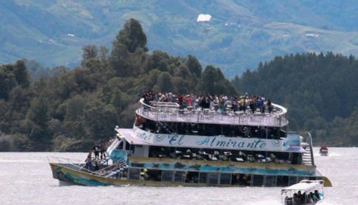 Colombia boat capsize | Nine dead, over 30 missing